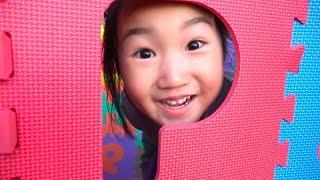 알파벳 퍼즐매트로 집도 만들고 테마파크 에서 신나게 놀아요~! 알파벳 퍼즐매트 집짓기 장난감 놀이 build a house
