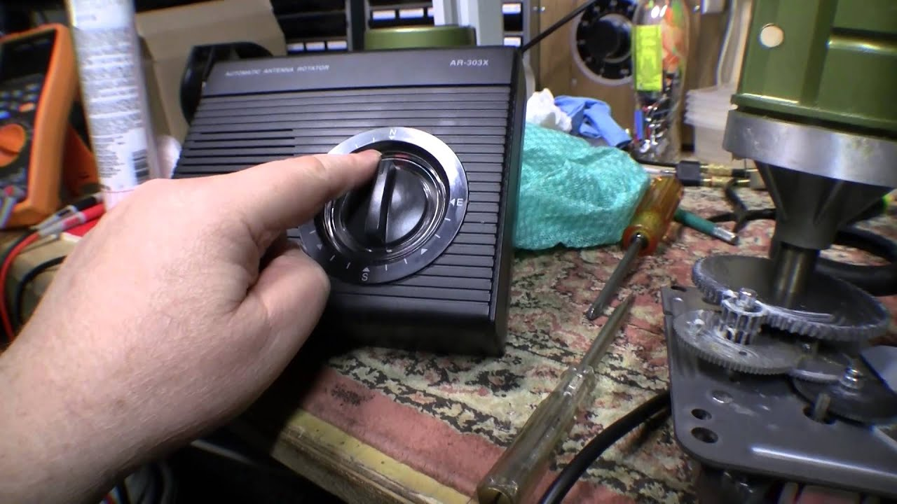 fitting an antenna rotator part 1 youtubefitting an antenna rotator part 1 [ 1280 x 720 Pixel ]