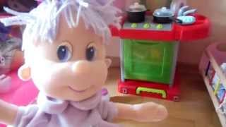 видео Полезные игрушки для девочек трех лет