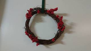 DIY Berries Wreath
