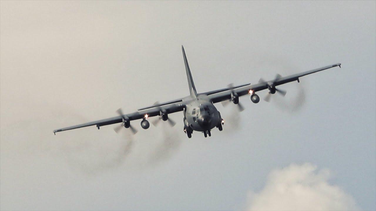 Lockheed C-130 Hercules Landing at Madeira Airport