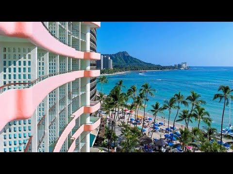 The Royal Hawaiian Hotel, Waikiki Beach (Honolulu, Hawaii):