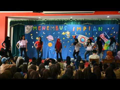 MDC (Moklet Dance Crew) - Bulan Bahasa 2014 Telkom School Malang