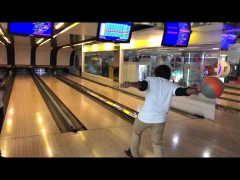 SVM bowling city centre Mall