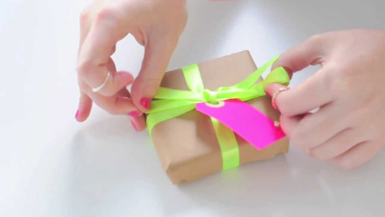 Neon ribbon & Neon gift tags -- How to tie a ribbon bow and ...