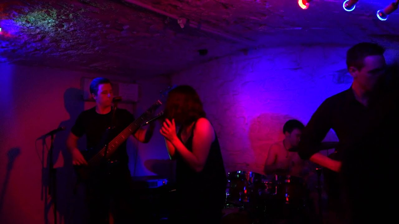 Cephee Lyra - Pull Me Under, Dream Theater cover - Le Moko, Lyon - 8 ...