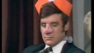 How to irritate people (1968)(Spanish Subs)