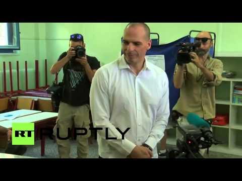 Greece: Varoufakis casts his vote in historic referendum