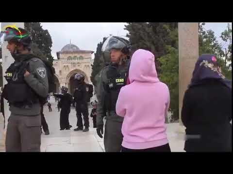 Israeli soldiers Attack Masjid-e-Aqsa 2017
