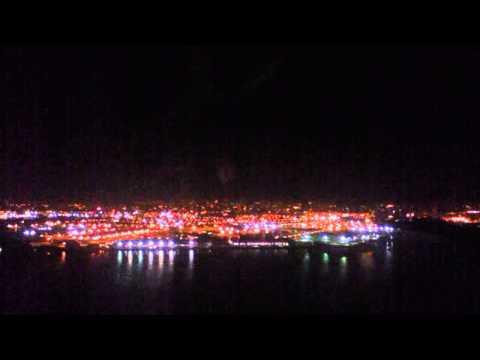 American Airlines | Night Landing in LaGuardia Airport