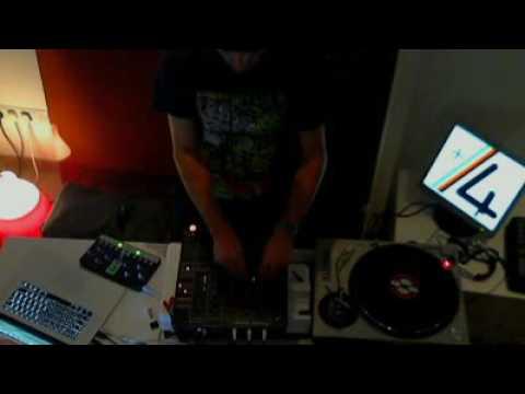 Alex Tomb +4 Live / July 16 2011 - Part A