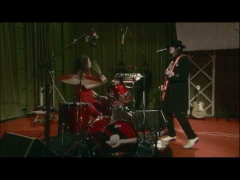 The White Stripes - Blue Orchid (live From The Basement, November 2005)