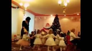 видео дом на новый год донецк