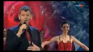 Semino Rossi - Rot sind die Rosen/Son todas bellas