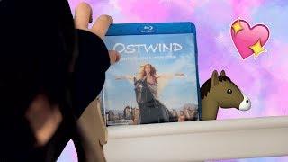 Gemütliche Kuschelecke im Handumdrehen - das lädt zu einem DVD-Abend ein! 🍕 🎬 🐴   (PP)