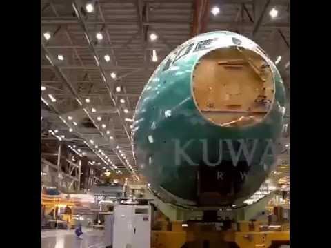 Building Kuwait Airways B777-300ER
