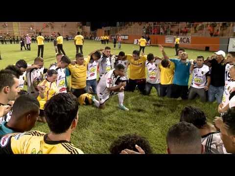 Desde el gol de René Miranda la afición y jugadores de Liberia festejaron el título