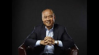 Li-Ning® | Mr. Li-Ning Honored With Statue