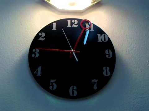DECO CREATIVE TIME (anti-clockwise clock)