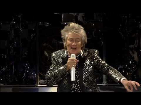 Rod Stewart 'People Get Ready' Live in Milan video by Charlie Harris
