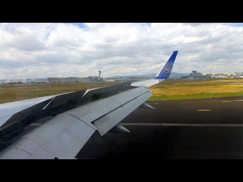 Condor 757-300 approach and landing at Frankfurt Airport - DOWNTOWN VIEW!