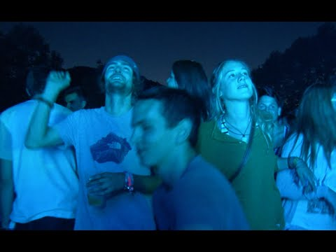 poolbar Festival auf der Wiese - Steaming Satellites - Another Try (Live)