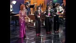 Lullaby Of Broadway Boogie Woogie Bugle Boy - Bette Midler - Johnny Carson 1973