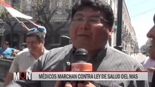 08/10/15  14:39 MÉDICOS MARCHAN CONTRA LEY DE SALUD DEL MAS
