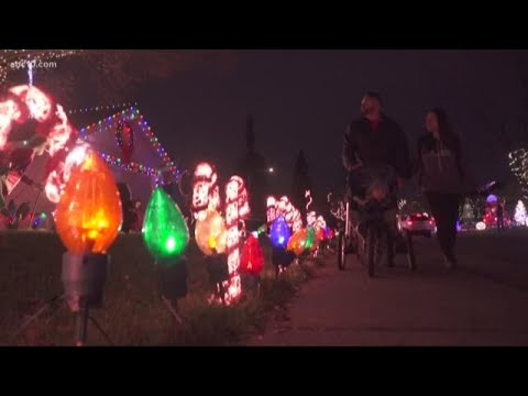 Orangevale neighborhood now 'Twitter famous' after Mariah Carey learns of holiday display