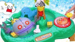 アンパンマン ウォータークルーズ!プールにだだんだんや動物ブロックで水遊び! おもちゃ アニメ ★サンサンキッズTV★