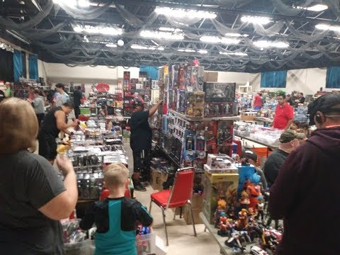 BACK FROM THE ILLINOIS TOY CON, GOOD DEALS PLUS CONTEST INFO!