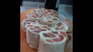 Рулеты из лаваша с сыром и рыбой