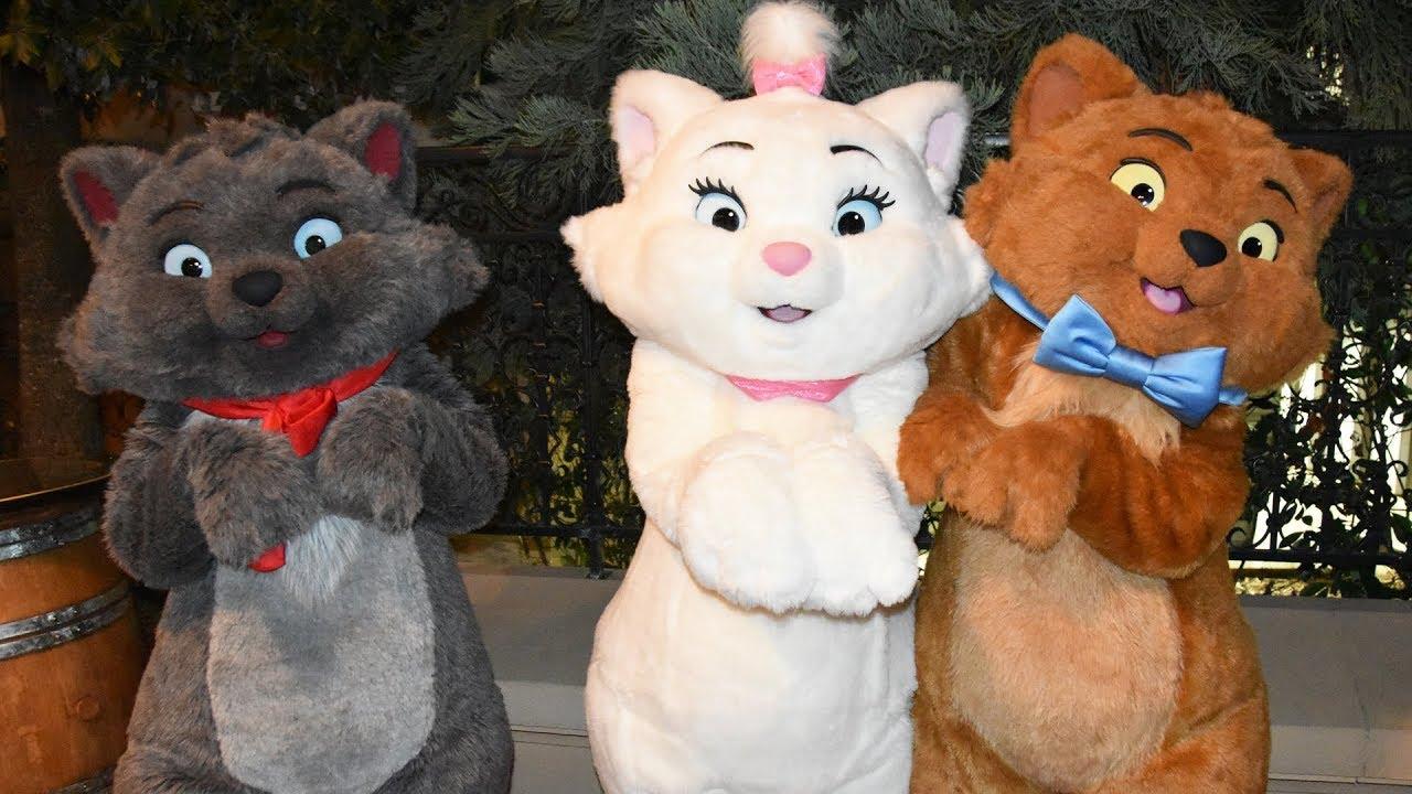 Disney Loves Jazz Character Montage Including Aristocats Edgar Oswald Ortensia Disneyland Paris Youtube
