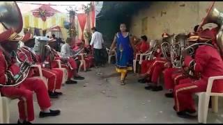 Kiya khub lagti ho Badi Sundar dikhti ho