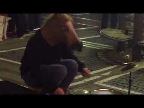 Extrem Schlagzeug spieler frankfurt Zeil