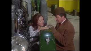 "The Living Dead : The Avengers 5x07 (1967) - ""Mrs Peel, We're Needed!"" scene"