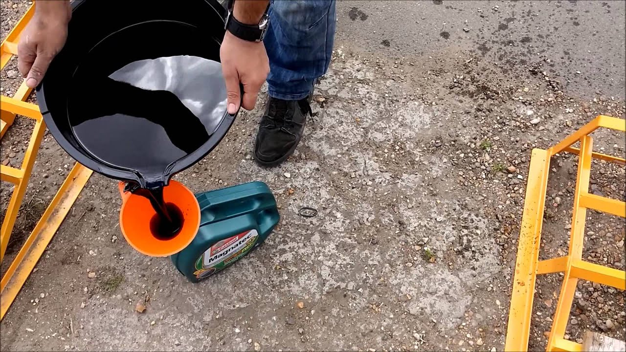 How To Dispose Of Old Oil After Engine Service