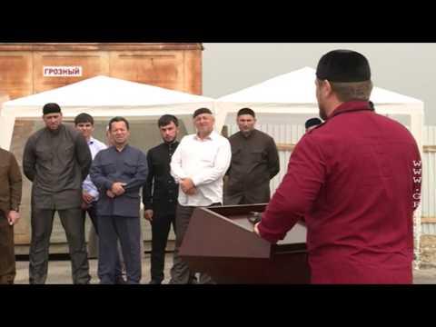 Р Кадыров принял участие в закладке капсулы под строительство 7 го микрорайона в Грозном