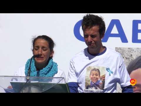 Almería se vuelca con los padres de Gabriel Cruz