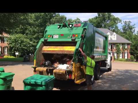 Waste Management Heil Rear Load Garbage Truck