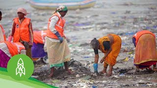 The Man Clearing 9,000 Tons of Trash From Mumbai's Beaches thumbnail