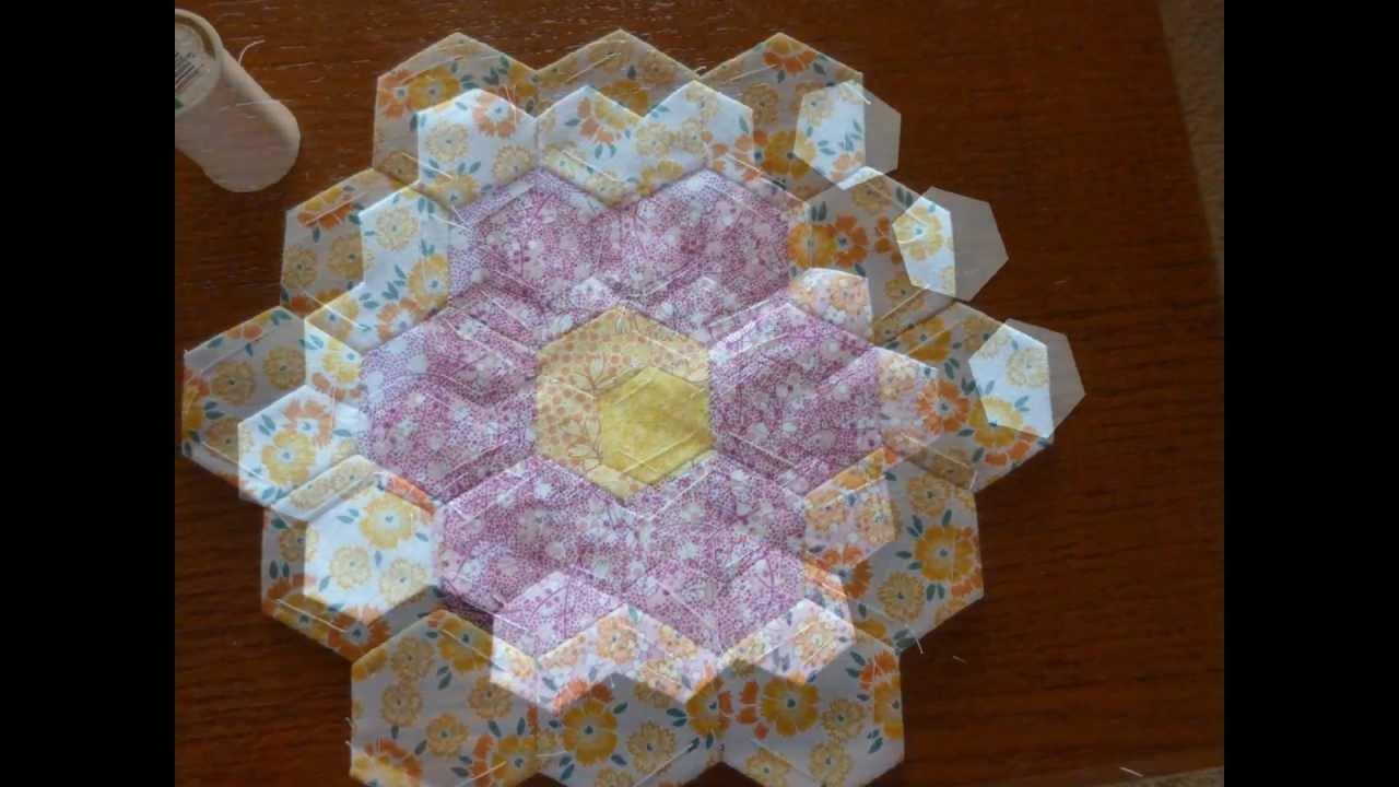 Grandmother 39 s flower garden quilt tutorial youtube for Grandmother flower garden quilt pattern variations
