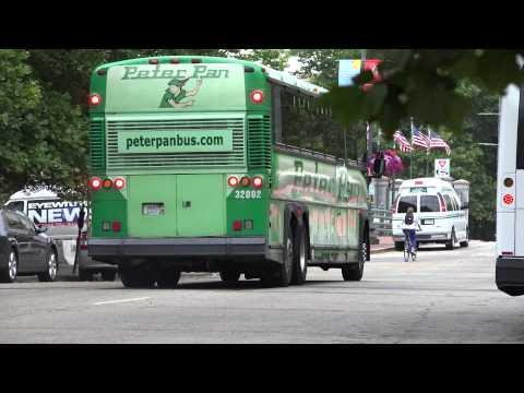 PETER PAN BUS 32002 MCI D4500 IN PROVIDENCE RI