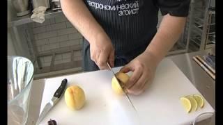 Жаренные персики с сыром Дор Блю
