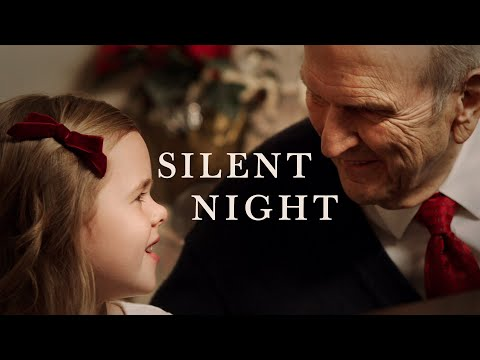 Silent Night | 7-Year-Old Claire Crosby Accompanied By President Russell M. Nelson #LightTheWorld