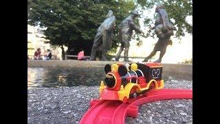 Trem de Brinquedo Tomy Mickey Mouse Western Locomotive at Aachener Dom, Aachen, Deutschland 01831 pt