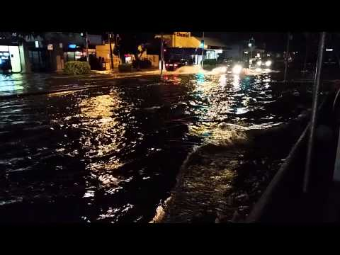 Sandgate Under Water! Brisbane Floods 1 May 2015
