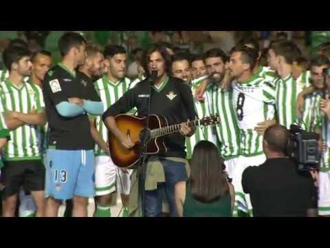 Himno del Real Betis Balompié interpretado por Hugo Salazar  (Ascenso 2015)