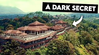 SNAKE ATTACK AT ABANDONED HOTEL | GHOST PALACE BALI INDONESIA