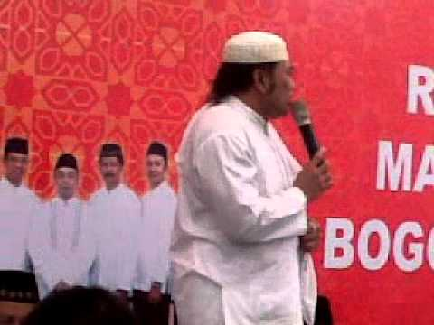 Prof KH Rhoma Irama Travel Video